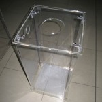 Contenitore in plexiglass